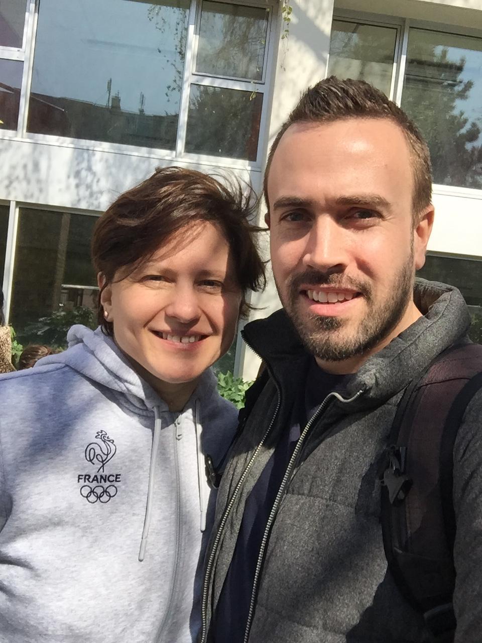 Apprendre à nager avec Roxana Maracineanu